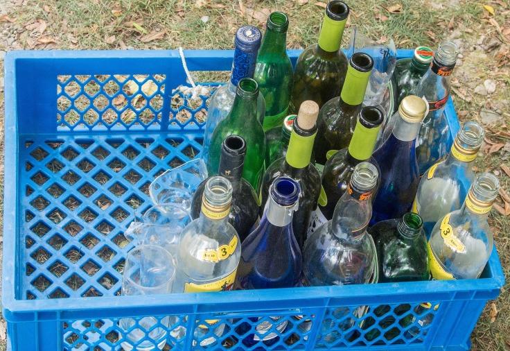 bottles-867927_1920