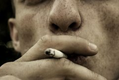 cigar-cigarette-close-up-576787